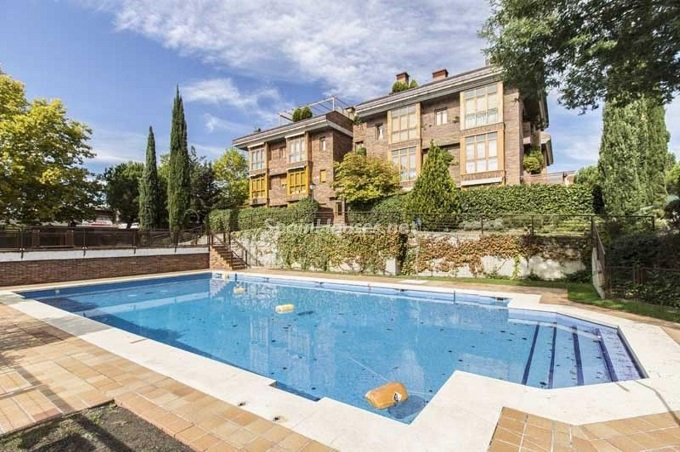 19. Apartment for sale in Madrid city - For Sale: Spacious 3 Bedroom Apartment in Madrid
