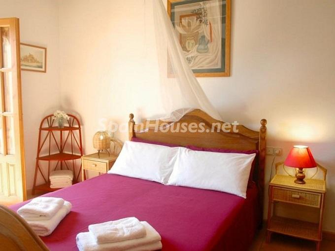 19. Villa for sale in Lecrín (Granada)