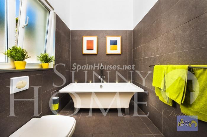 19. Villa for sale in Mijas Costa - For Sale: Detached Villa in Mijas Costa (Málaga)