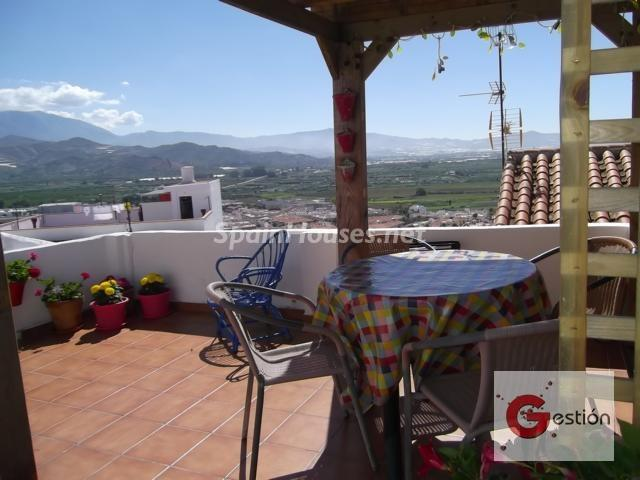 197 - Country style terraced house for sale in Salobreña (Granada)