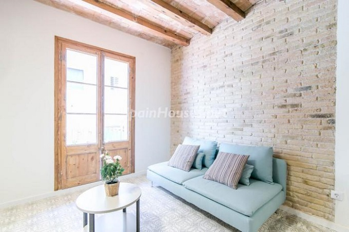 2-apartment-for-sale-in-barcelona