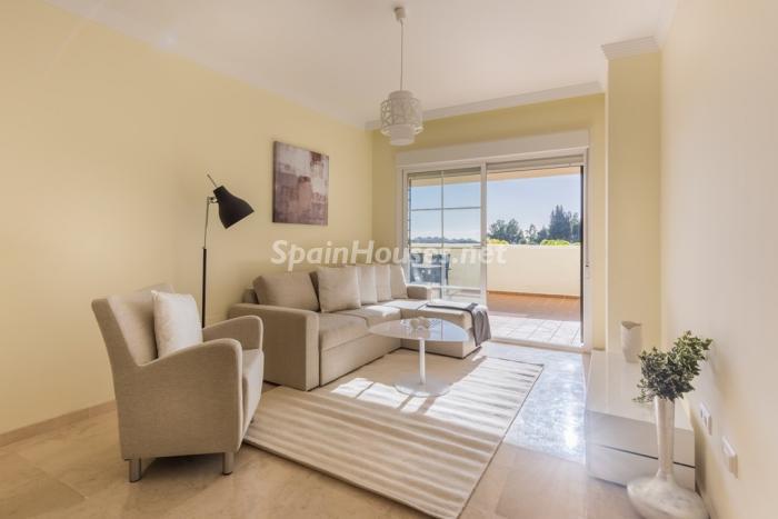 2. Apartment for sale in Benalmádena Costa Málaga - Great Apartment for Sale in Benalmádena Costa, Málaga
