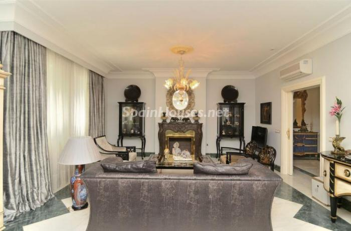 2. Apartment for sale in Salamanca - Luxurious Apartment for Sale in Madrid City