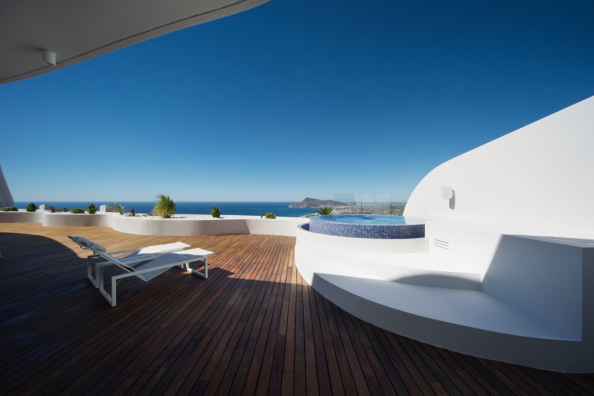 2. Apartment in Alicante by LOFT4C - Gorgeous Rooftop Apartment in Alicante by LOFT4C