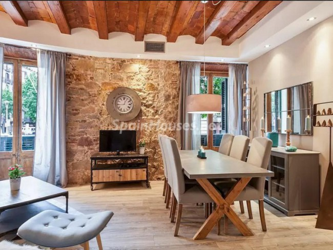 2. Apartment to rent in Barcelona - Long-Term