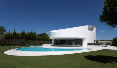 2. Balint House - Balint House by Fran Silvestre Arquitectos in Bétera (Valencia)
