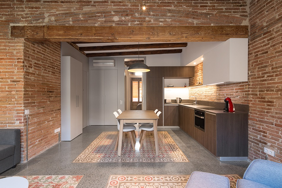 2. Brick apartment in Barcelona by FFWD - Full apartment renovation in Barcelona by FFWD