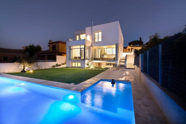 2. Casa Manduka in Algeciras Cádiz e1446627544355 - Casa Manduka, in Algeciras, by Sergio Suárez Marchena