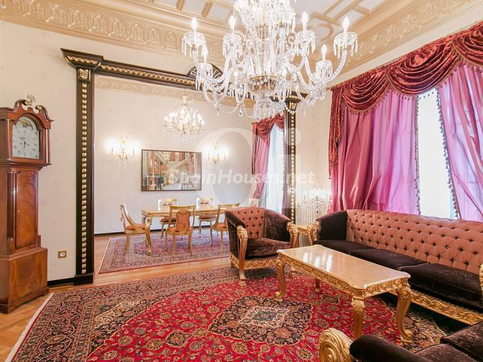 2. Flat for sale in Barcelona - On the market: Super Luxury Home in Barcelona City Centre