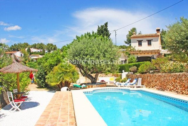 2. Holiday rental villa