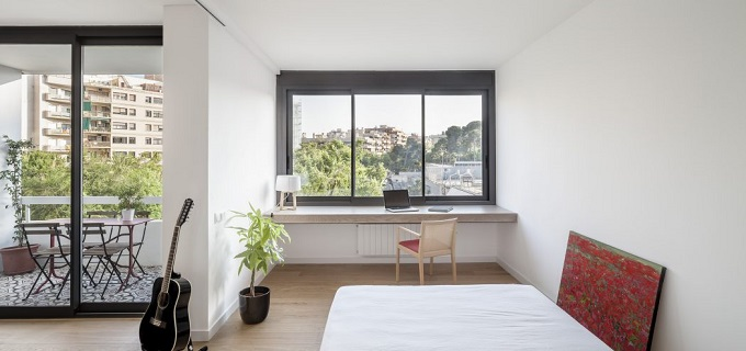 2. Home in Barcelona by Roman Izquierdo Bouldstridge 1 - Apartment Renovation in Barcelona by Roman Izquierdo Bouldstridge
