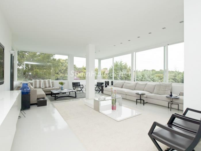 2. House for sale in Madrid1 - Luxury Villa for Sale in Alcobendas, Madrid