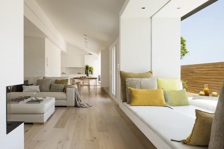2. House in Barcelona by Susanna Cots e1448441037764 - Maison de Vacances, Barcelona, by Susanna Cots Interior Design