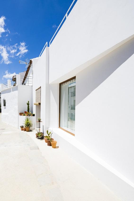 2. House in Gaucín by DTR studio architects - A single family house for a painter in Gaucín, Málaga, by DTR_studio architects