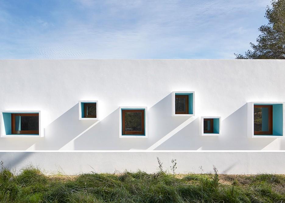 2. House in Ibiza Ca na Maria - Ca na Maria: a dreamy white house in Ibiza