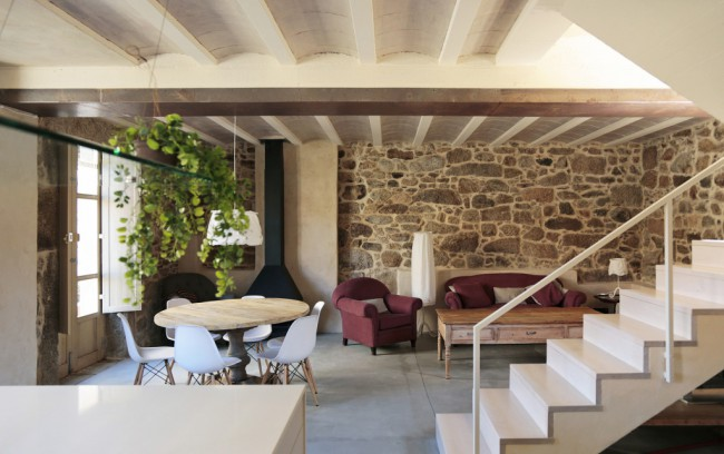 2. House in Nautigos A Coruña e1445414945600 - House Rehabilitation in Carnota, A Coruña