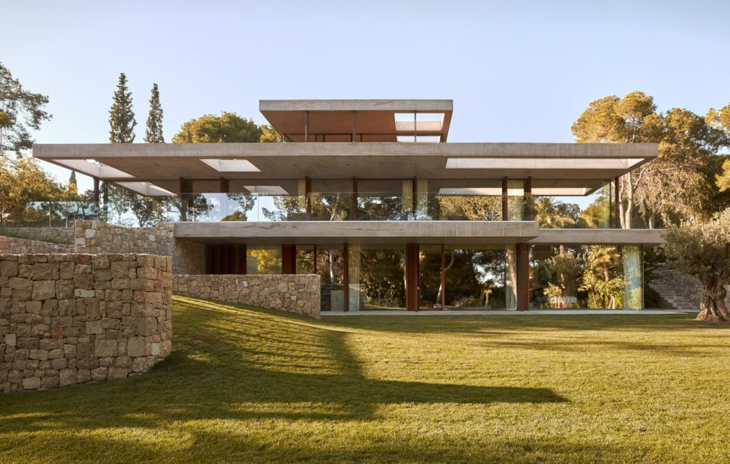 2. House in Rocafort by Ramón Esteve - Home in the pine forest of Rocafort by Ramón Esteve