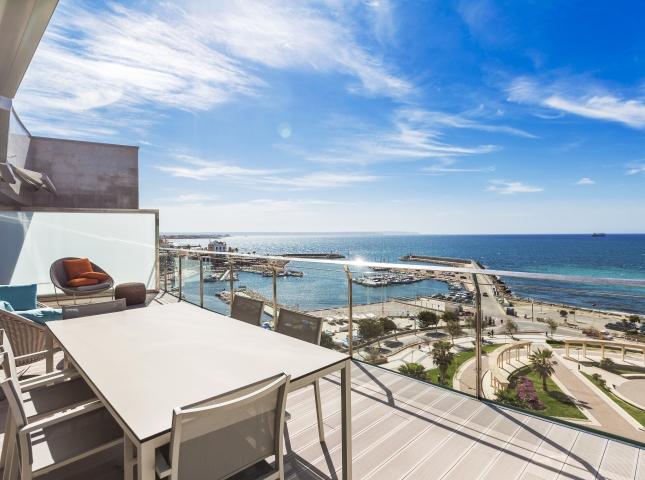 2. Portixol Penthouse by Bornelo Interior Design - Penthouse in Palma de Mallorca designed by Bornelo