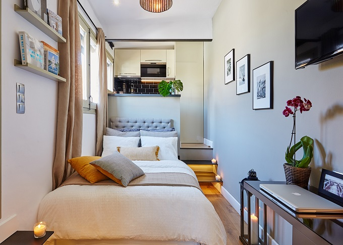 2. Small penthouse studio in Barcelona