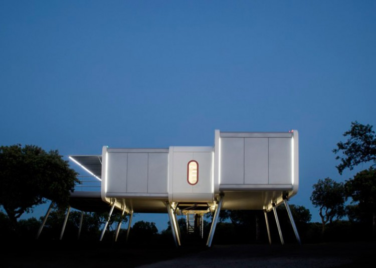 2. The spaceship home e1449046394714 - Architecture: The Spaceship Home, in Madrid, by Noem