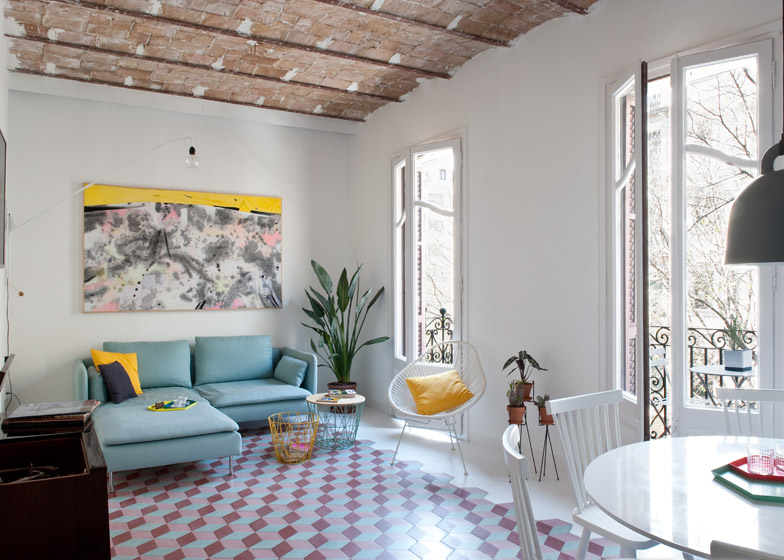 2. Tyche Apartment Barcelona - Renovated Apartment in Barcelona by CaSA Architecture