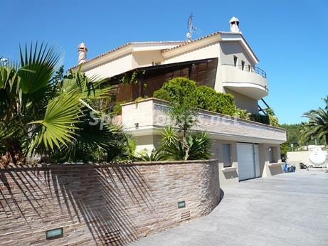 2. Villa for sale in Dénia