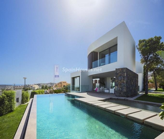 2. Villa in Finestrat Alicante designed by Gestec - Modern Villa in Finestrat, Alicante, designed by GESTEC