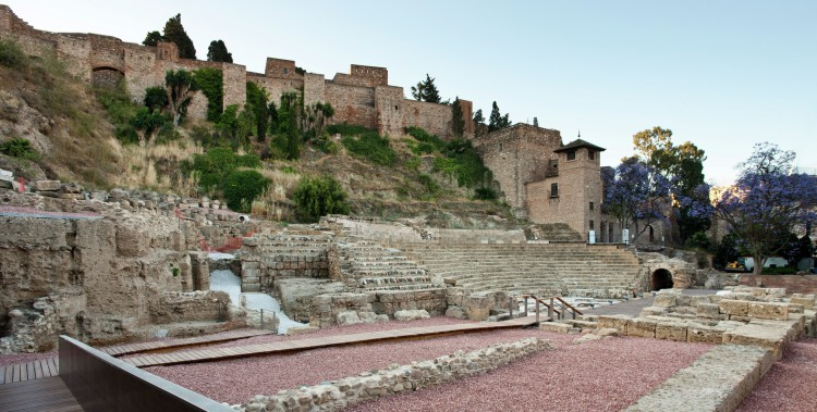 2. Visitor Center of the Roman Theatre of Malaga e1441179873170 - Visitor Centre of the Roman Theatre of Malaga by Tejedor Linares & Asociados