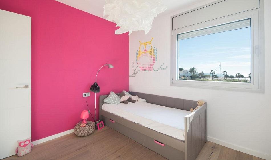 20. Beach house in Cambrils Tarragona 1 - For Sale: Beach House in Cambrils, Tarragona