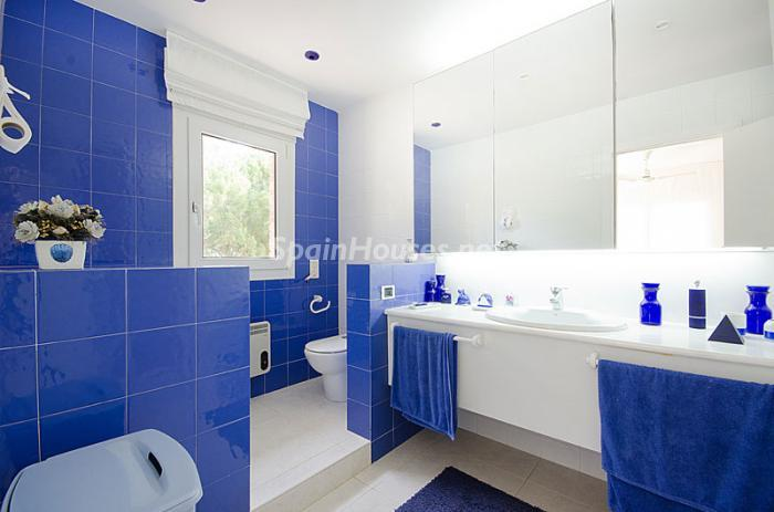 20. Detached house for sale in Torredembarra Tarragona - For Sale: Super Beach House in Torredembarra, Tarragona