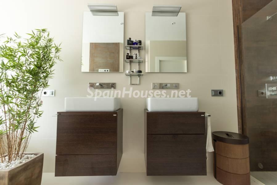 For Sale Modern Style House In Chiclana De La Frontera
