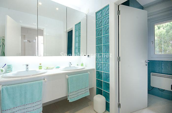 21. Detached house for sale in Torredembarra Tarragona - For Sale: Super Beach House in Torredembarra, Tarragona