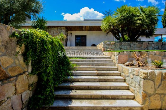 21. House for sale in Madrid2 - On the Market: Outstanding House in Madrid City