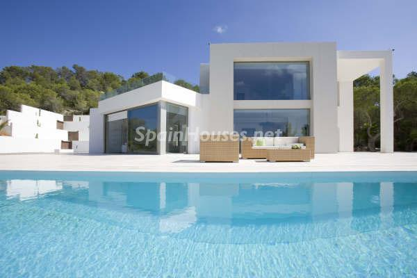 211 - Luxury Minimalist Villa for Sale in Ibiza (Baleares)