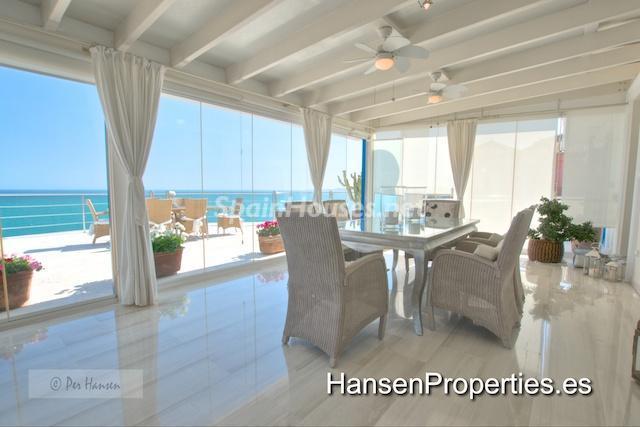 2208118 1086199 foto22776597 - Amazing Penthouse for Sale in Benalmádena Costa, Málaga