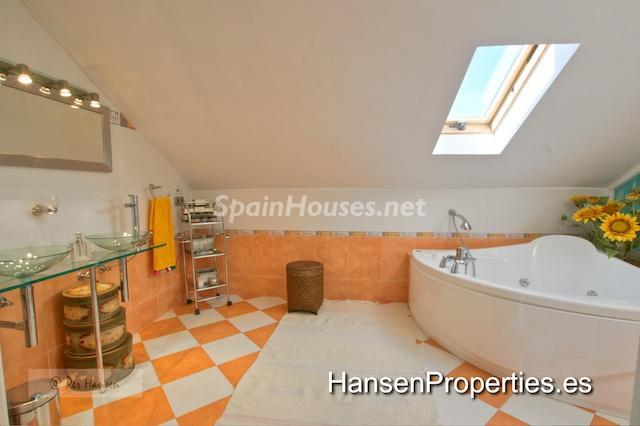 2208118 1086199 foto22776613 - Amazing Penthouse for Sale in Benalmádena Costa, Málaga