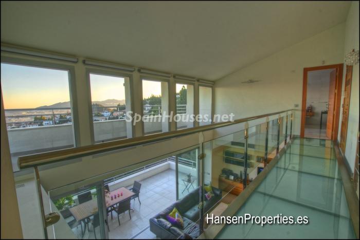 2208118 931170 foto16400456 - Modern Style Villa for Sale in Malaga City