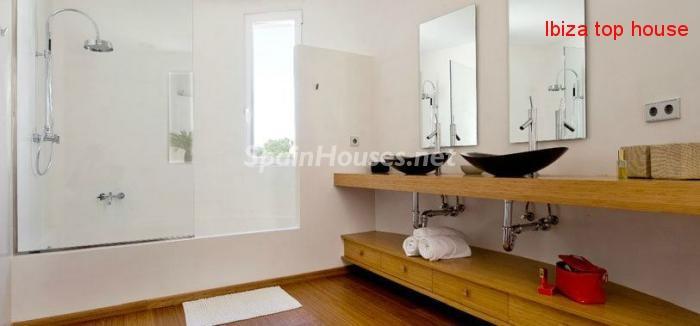 23742 980415 foto18725559 - Wonderful Villa for Sale in Ibiza, Balearic Islands