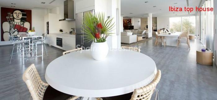 23742 980415 foto18725560 - Wonderful Villa for Sale in Ibiza, Balearic Islands