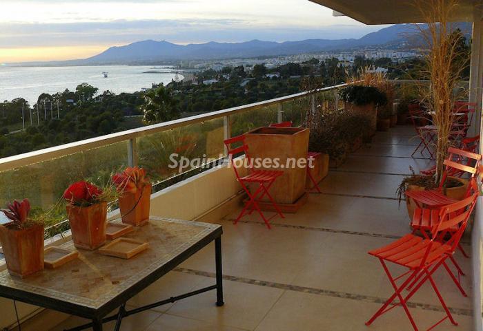 247 - Luxury Apartment for Sale in Marbella, Malaga