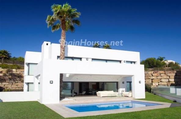 2532178 921267 foto16078477 e1348559267250 - Luxury villa for sale in Marbella