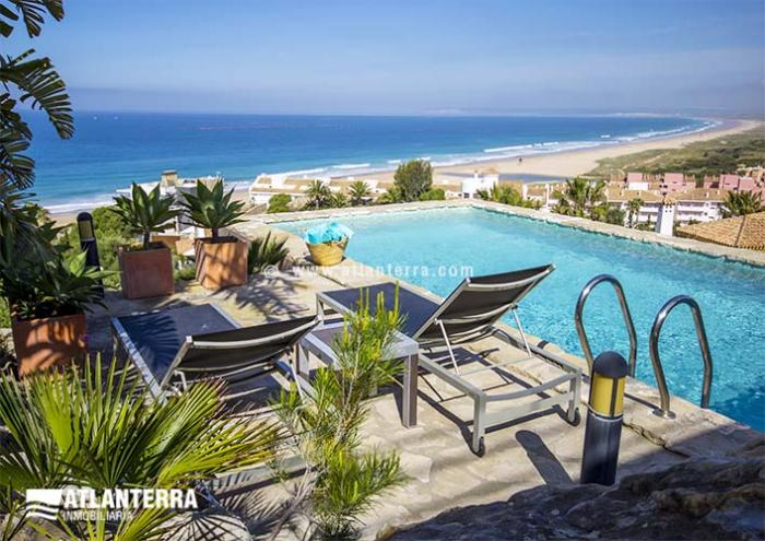 25885350 1558068 foto42077705 - Rent a luxury house on vacation! The best villas in Zahara de los Atunes, Cádiz