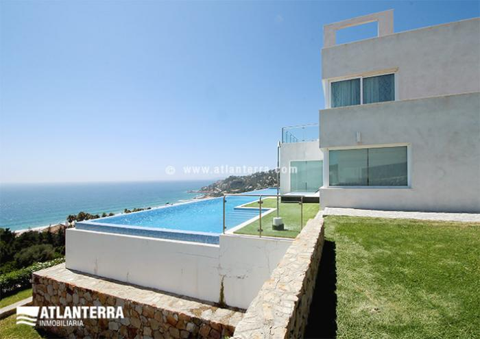 25885350 1720440 foto45643537 - Rent a luxury house on vacation! The best villas in Zahara de los Atunes, Cádiz
