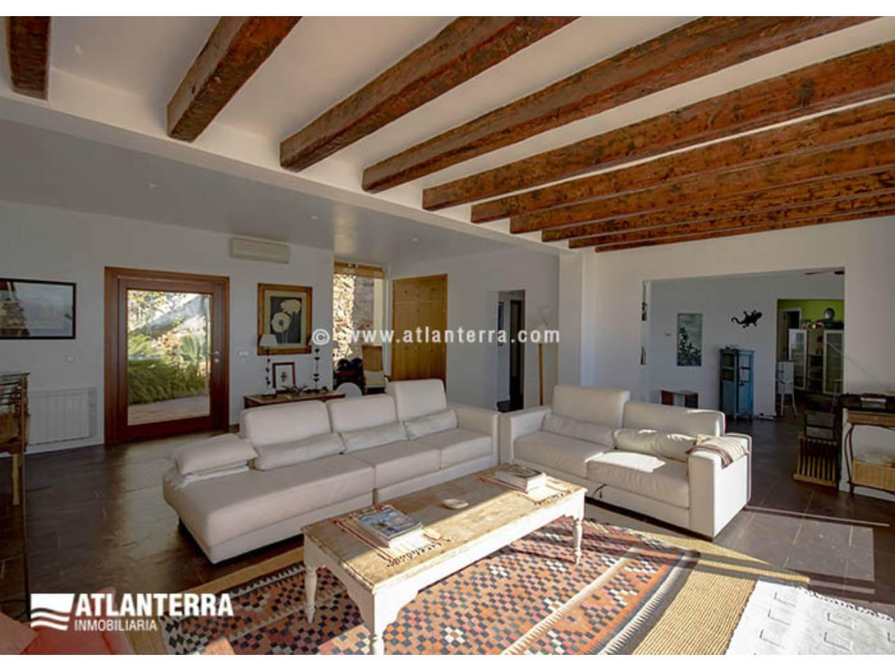 25885350 3170057 foto 075273 - Rustic style, privacy and wonderful views in this villa in Zahara de los Atunes (Cádiz)