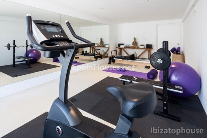 28. Villa for sale in Ibiza Balearic Islands - For Sale: Stunning Villa in Ibiza, Balearic Islands