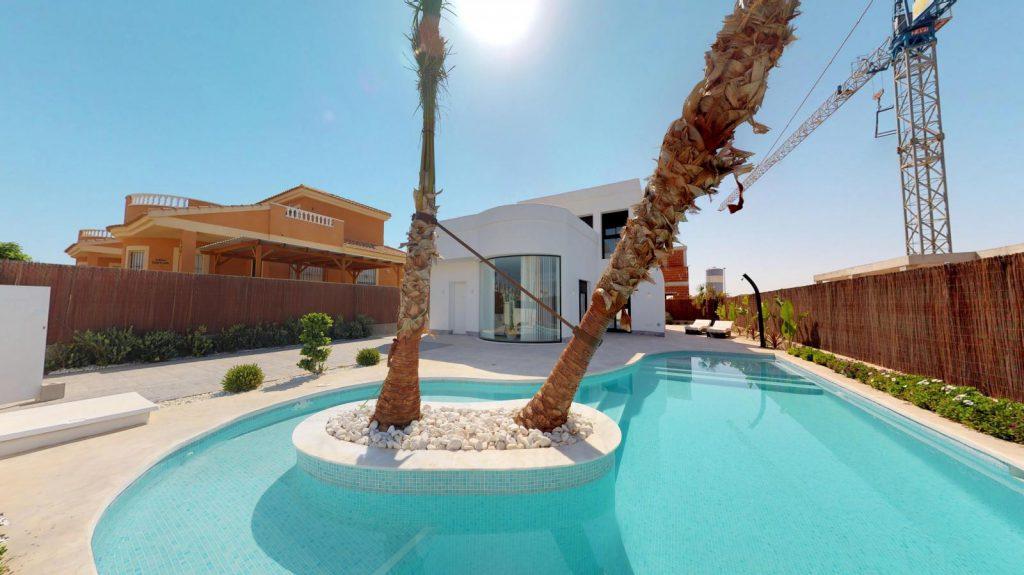 28013442 2764628 foto 297341 1024x575 - Sun, design and a lagoon pool in this villa in La Tercia (Murcia)