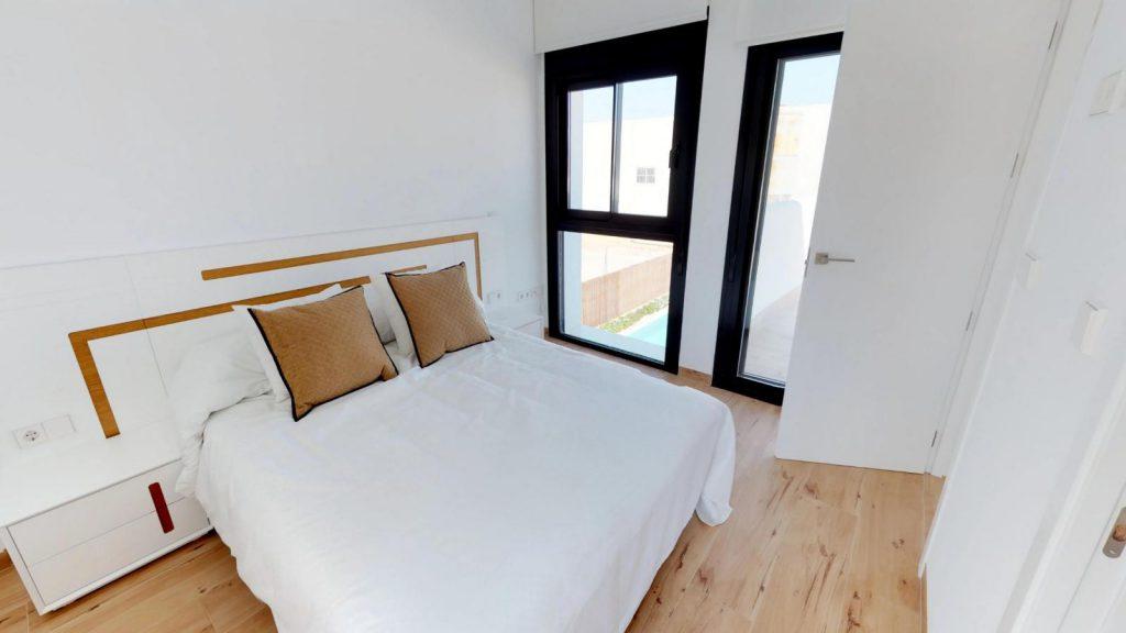 28013442 2764628 foto 483691 1024x576 - Sun, design and a lagoon pool in this villa in La Tercia (Murcia)