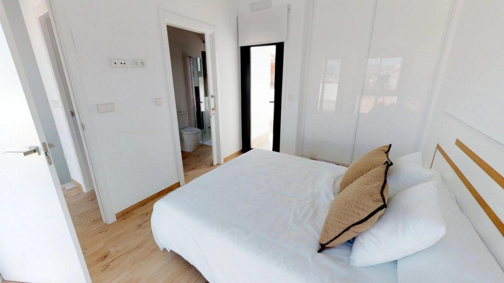 28013442 2764628 foto 962847 1024x576 - Sun, design and a lagoon pool in this villa in La Tercia (Murcia)