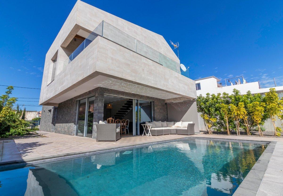 28599493 3224845 foto 273495 - Modern architecture and dream style in this brand new villa in San Cristóbal de la Laguna (Santa Cruz de Tenerife)