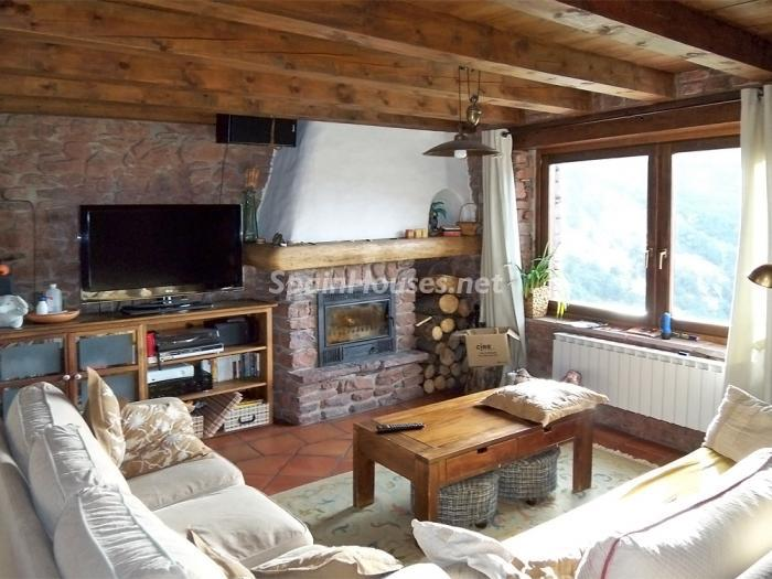 28983790 1285153 foto28049149 - Country House for sale in the Pyrenees, Lleida Province